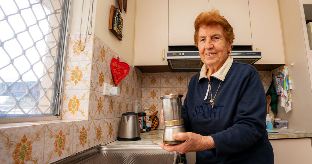 inteliliving-technology-elderly-living-alone